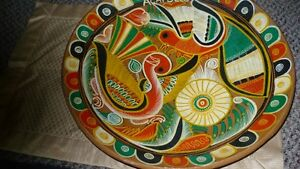 VINTAGE GORGEOUS MEXICAN TALVERA HAND PAINTED BIRDS CLAY PLATE Kitchener / Waterloo Kitchener Area image 1