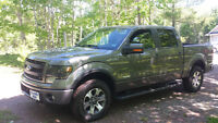 2013 Ford F-150 FX4 Crew-cab w Eco-boost Engine - Fully Loaded!
