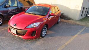 FINAL REDUCTION!! MINT 2012 Mazda3 Sport Hatchback