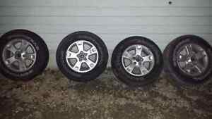"""SET OF 4 ESCAPE 16"""" RIMS AND TIRES Windsor Region Ontario image 1"""