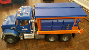 Bruder Granite Winter Service Truck with Snow Plow