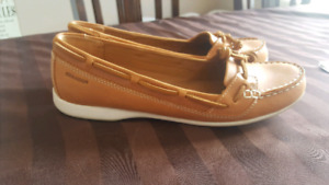 Shoes size 8 new condition