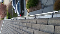 Eavestrough cleaning