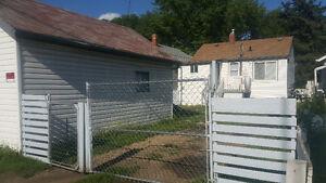 Cute little house by LRT, Parkdale//$800mortg+utilities
