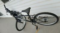 "mountain bike almost brand new size 18"" male"