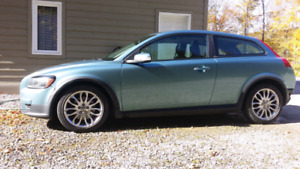 2008 Volvo C30. Sale or trade for SUV. New price!