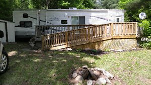 **Reduced** 40 ft. 2010 Jayco bungalow trailer