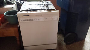 Whirlpool Gold built in dishwasher