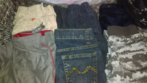 6 PAIRS OF PANTS SIZE 6