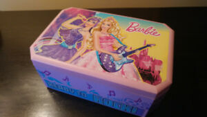 Coffre a Bijoux Musical Barbie