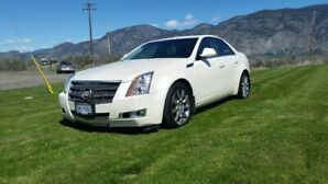 2008 Cadillac CTS awd, low kms, in immaculate condition