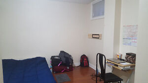 Room for rent North York - $550 all in