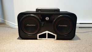 2 X 12 pioneer subwoofer with amp West Island Greater Montréal image 1