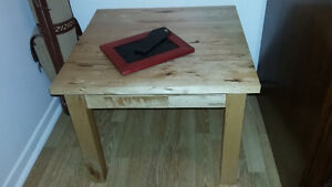 2 TABLES IKEA
