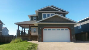 Executive Furnished Two Level House in Dawson Creek