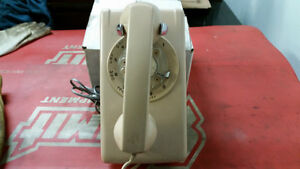 Wall Phone (Dial Up Style) In excellent condition