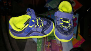 New size 4 shoes