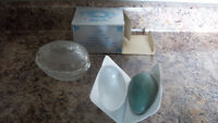 AVON 1977 boxed Fostoria lead crystal covered soap dish