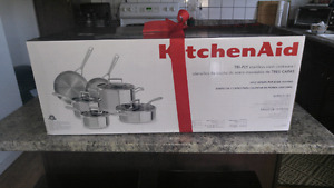 10 Piece Kitchen Aid Cookware Set