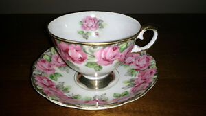 Bone China cups and saucers and creamer and sugar REDUCED Sarnia Sarnia Area image 8