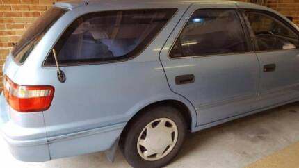 Wrecking Camry Wagon 1999/98 (Cheap prices)