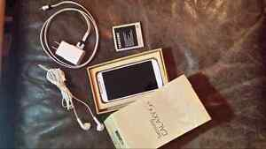 Samsung galaxy s4 for fido or rogers for sale or trade for iphon