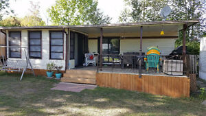 Trailer awning hard roof and room. Kawartha Lakes Peterborough Area image 1