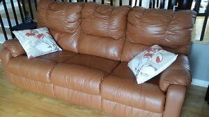 Sofa et Lazy-boy en cuir - Négociable - Faites une offre