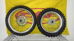 04 KX 85 Stock Rims Full set with Dunlop Tires