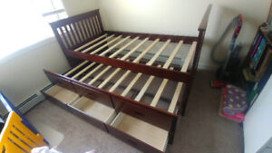 Solid wood twin size trundle bed frame
