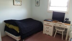 Room for RENT - In WHITBY