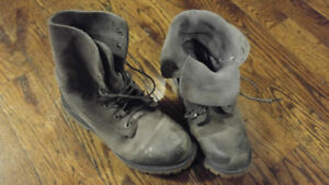 Timberland/North Face/ Sorel Boots ladies and mens Size 7-8