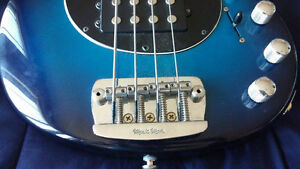 FS/Trade - USA made ErnieBall Music Man Bass (4-String) ($1500) Kingston Kingston Area image 5