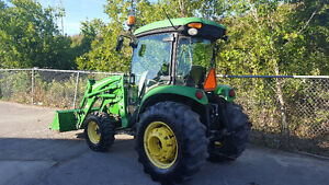 JOHN DEERE 4720 CAB TRACTOR, HEAT/AIR LOADER
