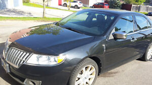 **SELLING AS IS** 2010 LINCOLN MKZ $5000 0R B.O.
