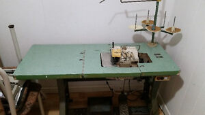 Machine industriel overlook   Kingtex SH-6005      $300.00