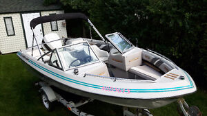 Opendeck 16 pieds Crestliner Nordic avec Johnson 120hp hors bord West Island Greater Montréal image 1