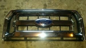 OEM Chrome Grille off a 2016 F150 XLT (LIKE NEW!) 3560kms