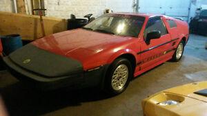 1984 Pontiac Fiero Kit Lotus Coupé (2 portes)