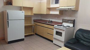 SOUTH BURNABY - Shared Fully Furnished Suite
