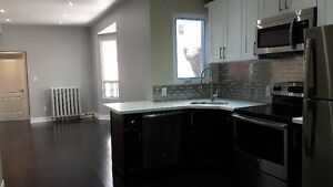 Main Floor Two Bedroom Apartment @College/Bathurst all inclusive