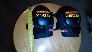 Vic elbow pads for a little guy Cambridge Kitchener Area image 1