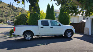 2016 Nissan Frontier 4x4 SV Pickup Truck- LOW KMs