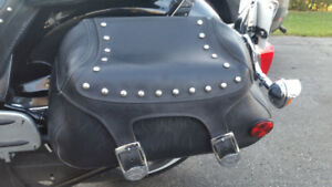 Sacocche de moto et rack/ Saddle bags with hardware