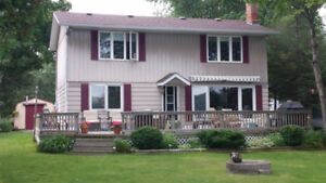 Waterfront Cottage on Sturgeon Lake