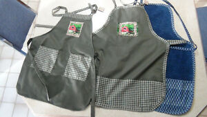 Kids aprons,will fit from toddler to about 7 Regina Regina Area image 1