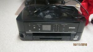 Epson Nx 530 prints yellow and red ink only Kingston Kingston Area image 1