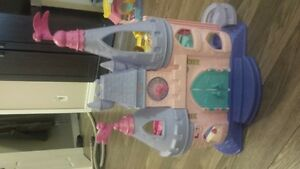 Fisher-Price® Little People Disney Princess Songs Palace