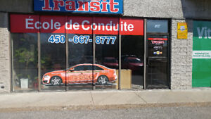 Local commercial à louer à Laval