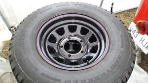 4 MAGS AMERICAN RACING 15X 7 POUR JEEP CJ-5 +4 PNEUS A NEIGE PAC